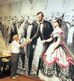 Lincoln Exhibit - Plymouth Historical Museum - petz